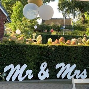 2014 MR & MRS letters wit groot